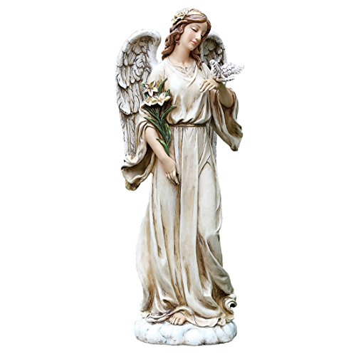10 Gorgeous Angel Statues for the Garden